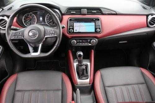 Nissan Micra belső
