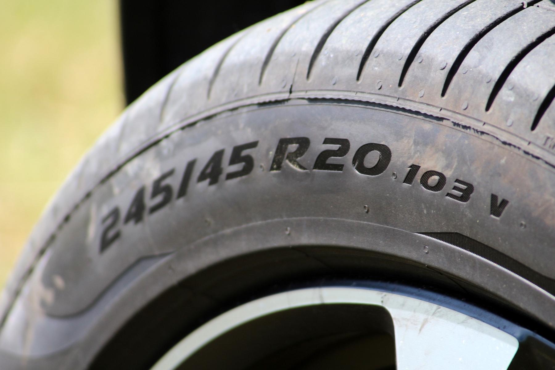 Volvo xc40 gumi
