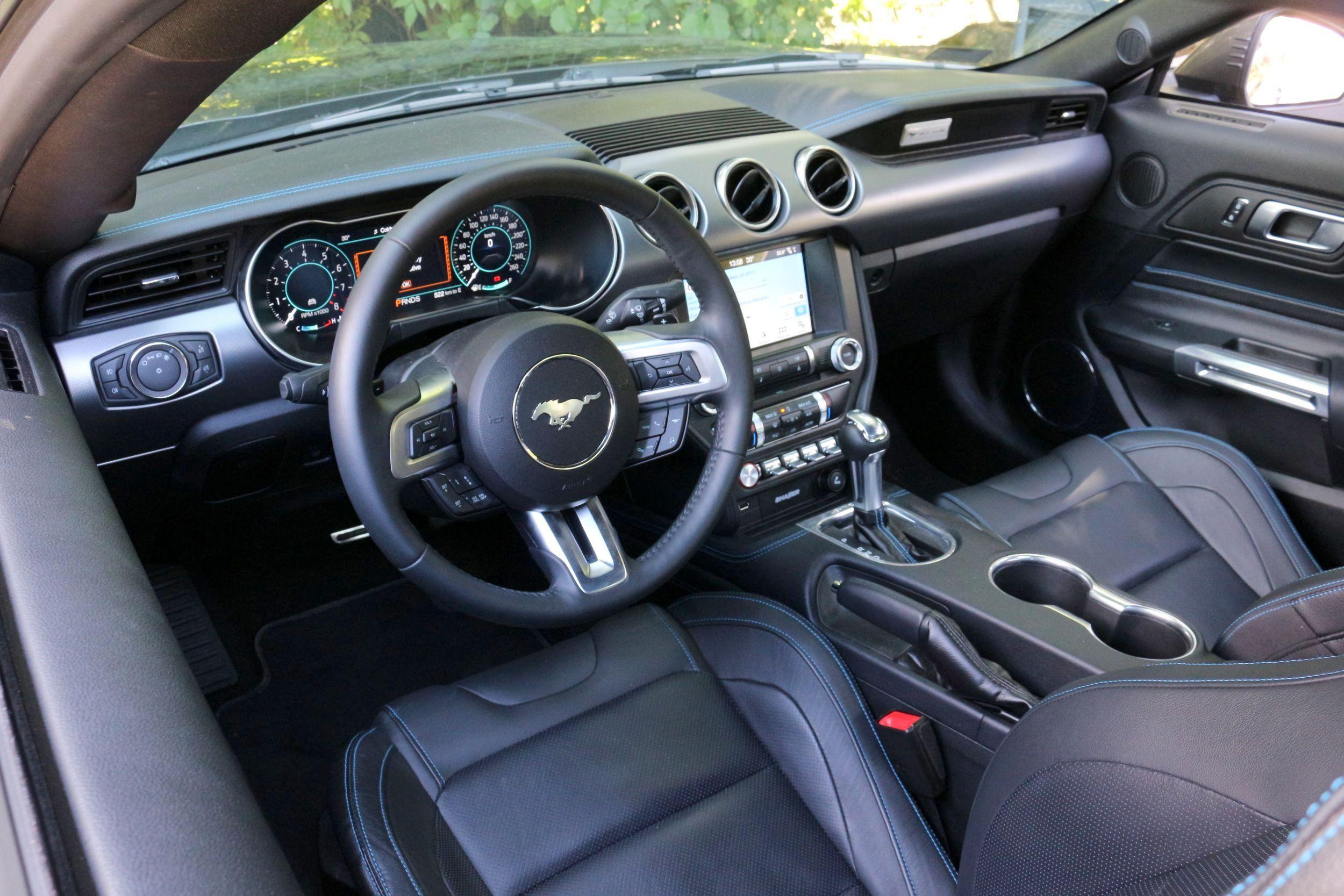 Ford Mustang GT belső