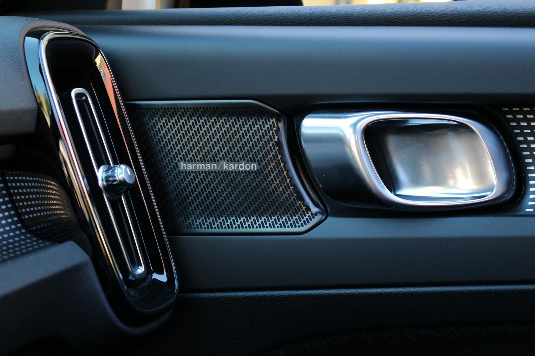 Volvo xc40 harman
