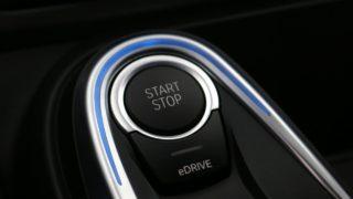 BMW-i8 Roadster start-stop
