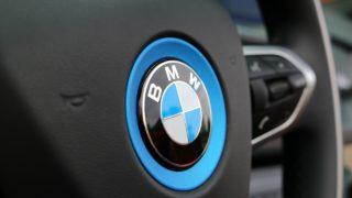 BMW-i8_Roadster kormány