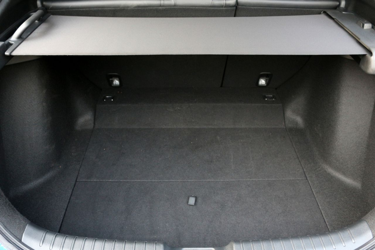 Honda Civic i-DTEC csomagtartó