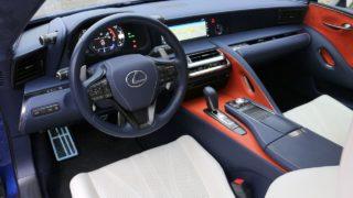 Lexus LC500 belső