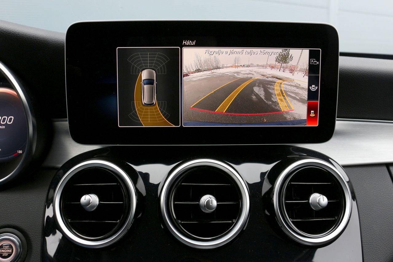 Mercedes-Benz C220d kamera
