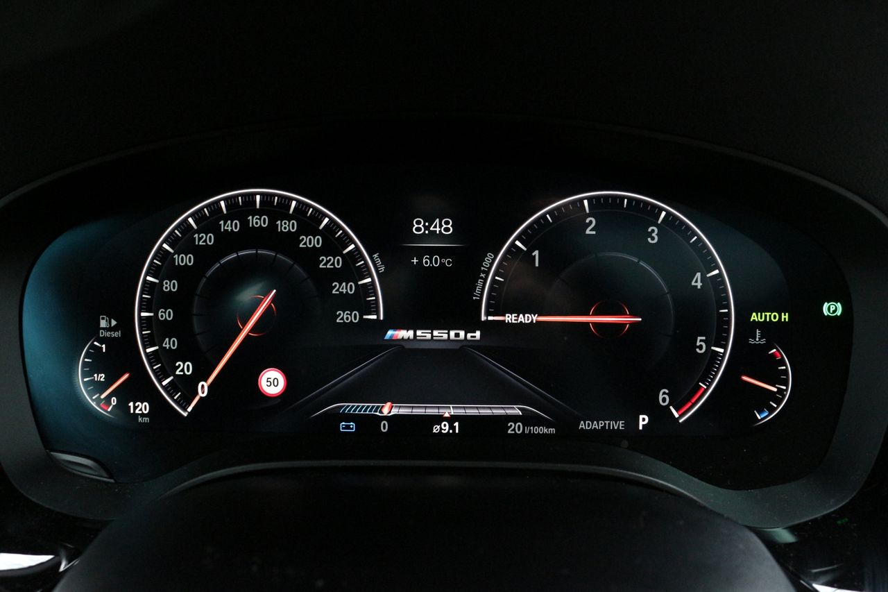 BMW M550d Touring műszerfal