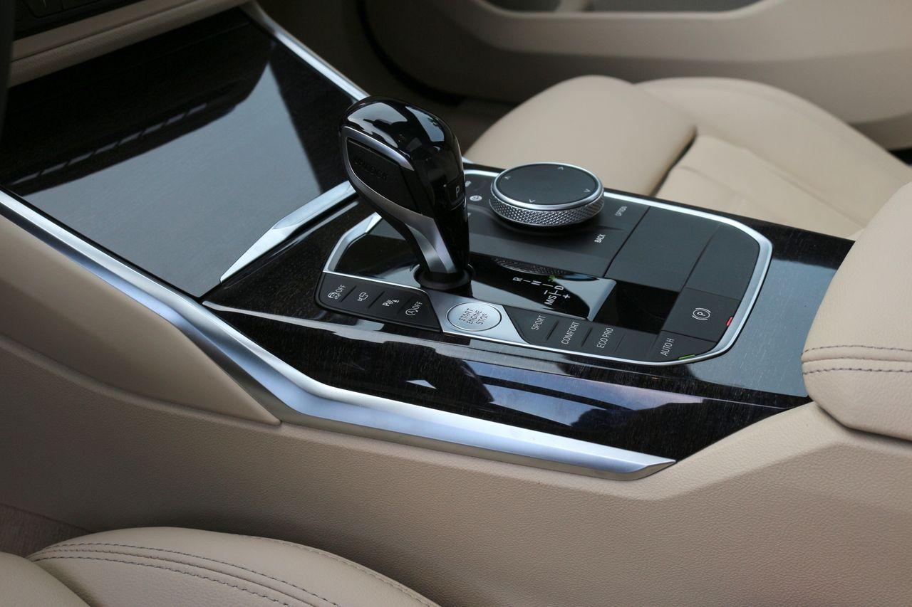 BMW 320D belső
