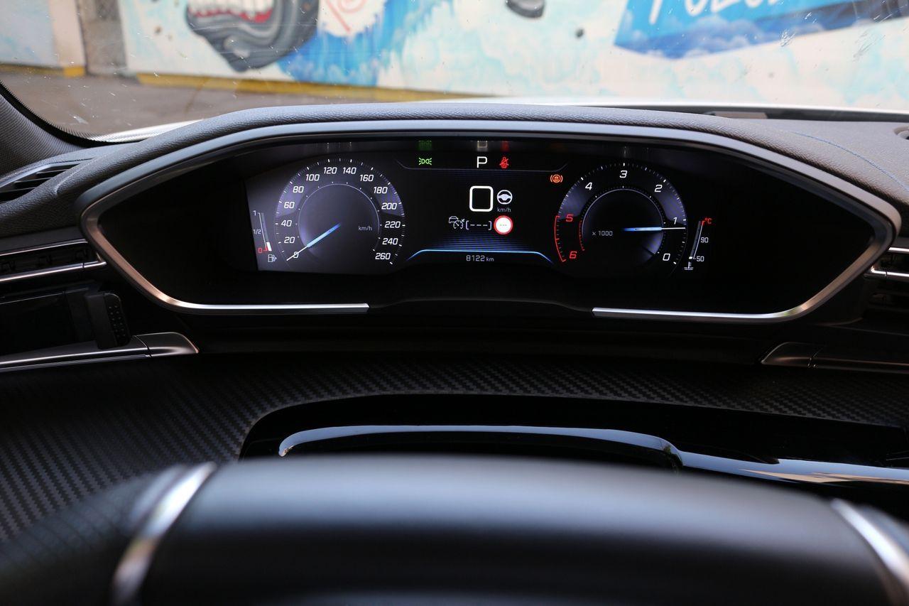 Peugeot 508 műszerfal