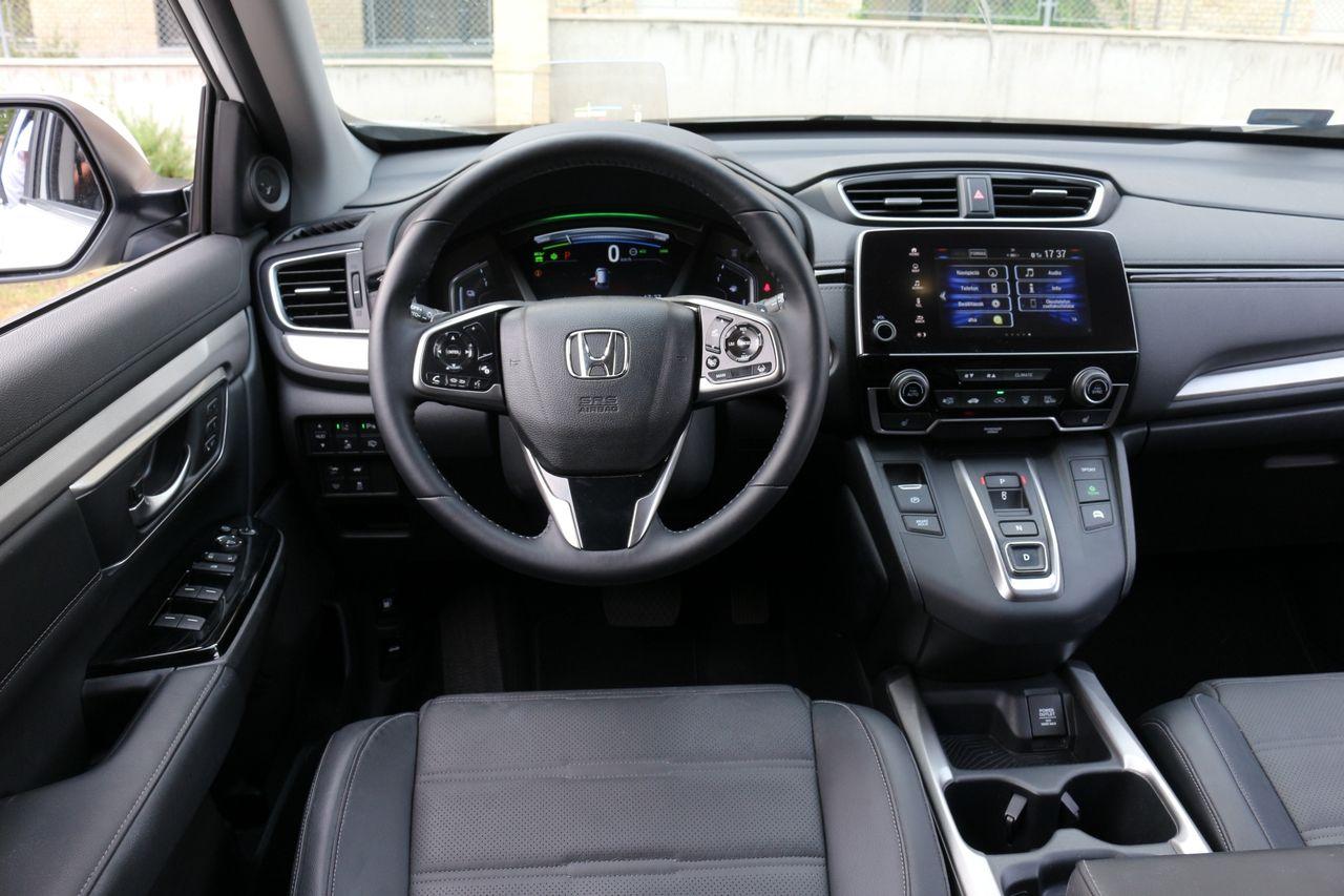 Honda CR-V Hybrid belső
