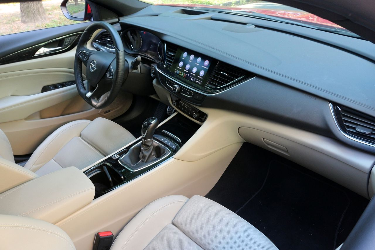 Opel Insignia belső