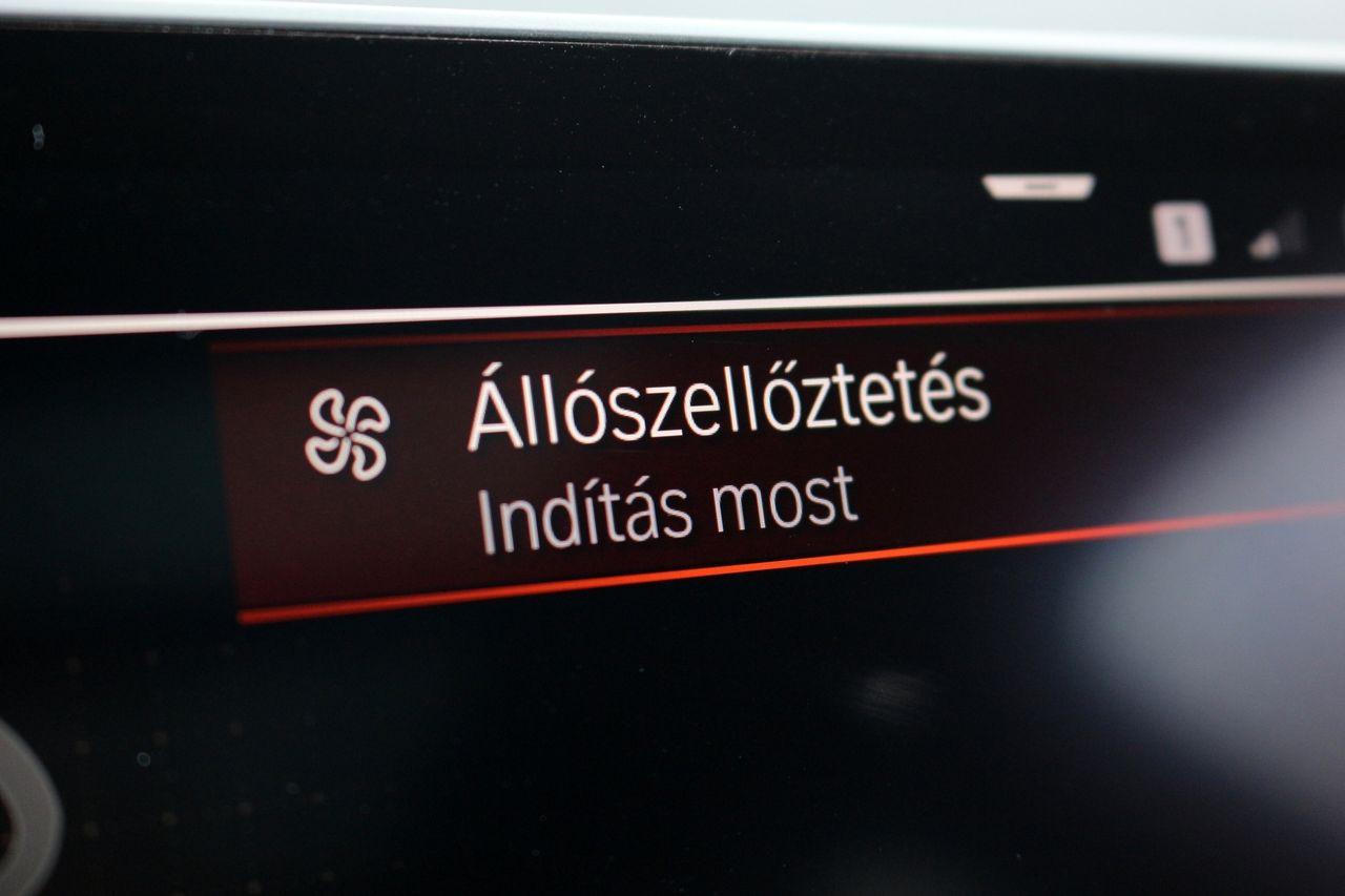 BMW 120d xDrive belső