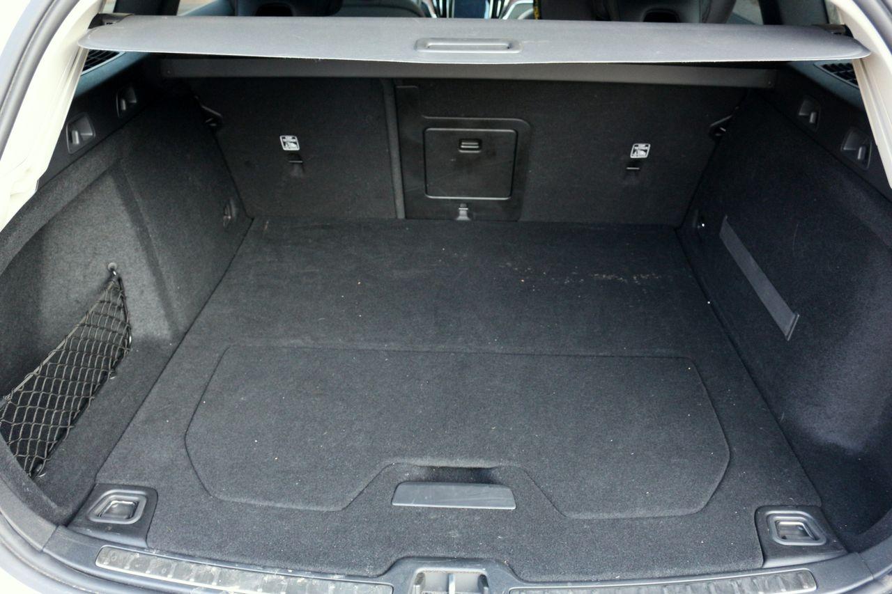 Volvo V60 Cross Country csomagtartó