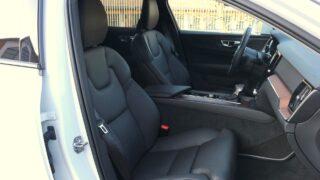 Volvo V60 Cross Country belső