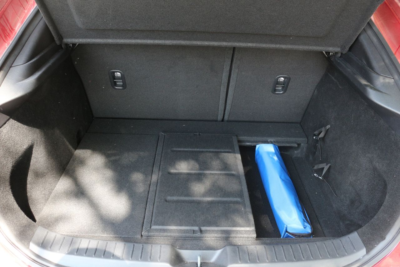 Mazda CX-30 csomagtartó