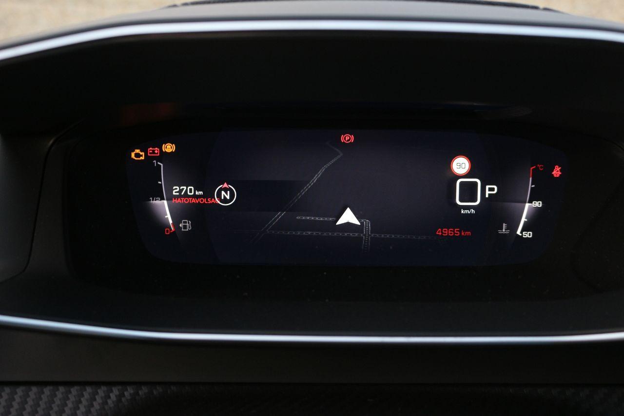 Peugeot 208 GT Line műszerfal