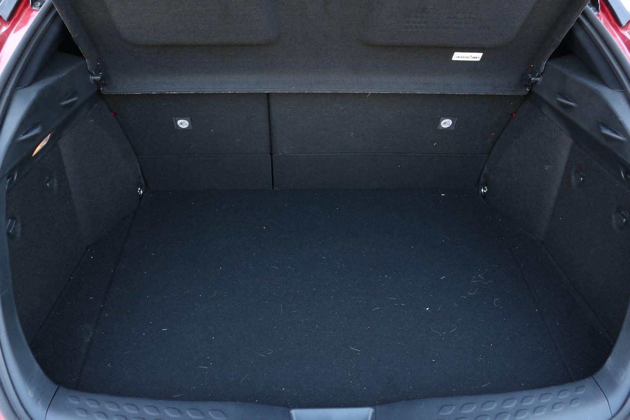 Toyota C-HR Hybrid csomagtartó