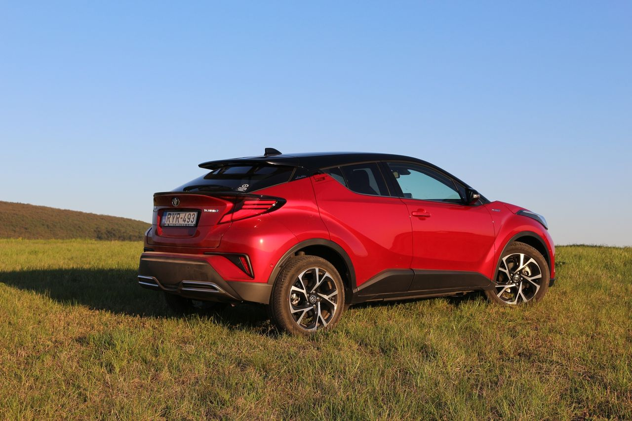 Toyota C-HR Hybrid Dynmic Force