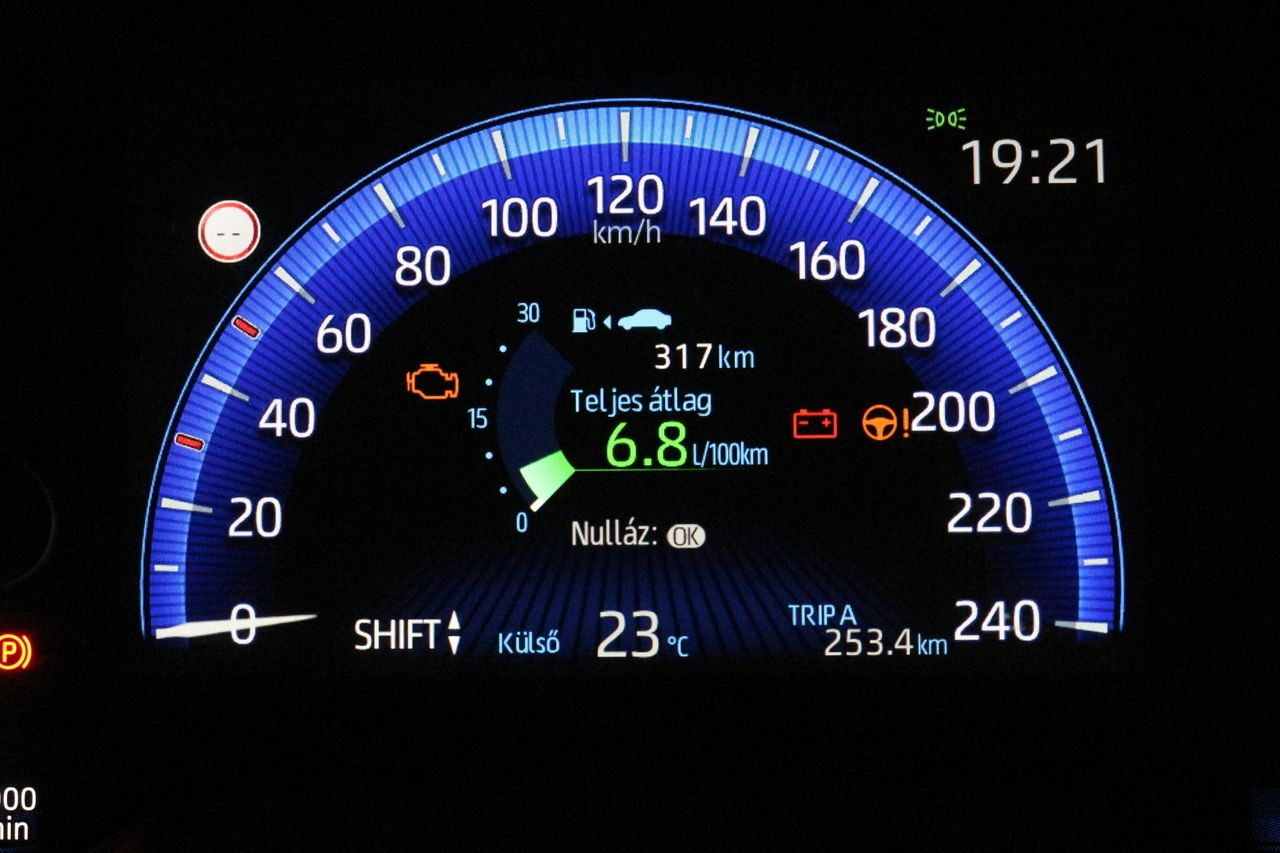 Toyota Corolla Sedan műszerfal