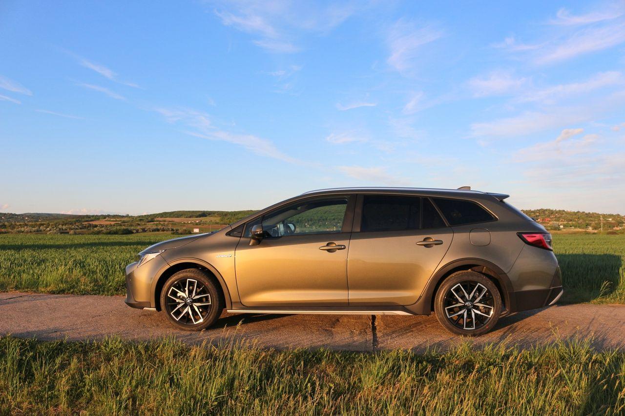 Toyota Corolla Touring Sport