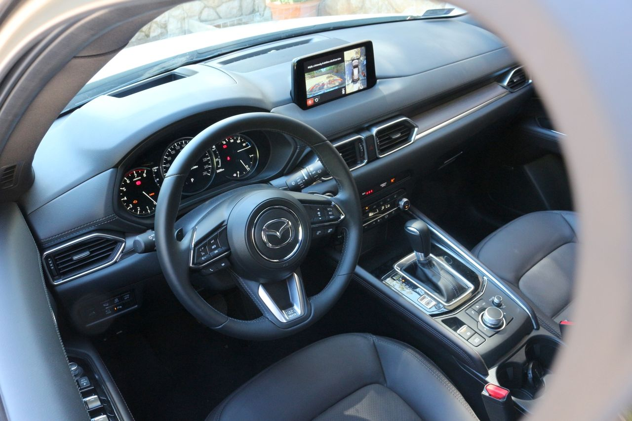 Mazda CX-5 G194 belső