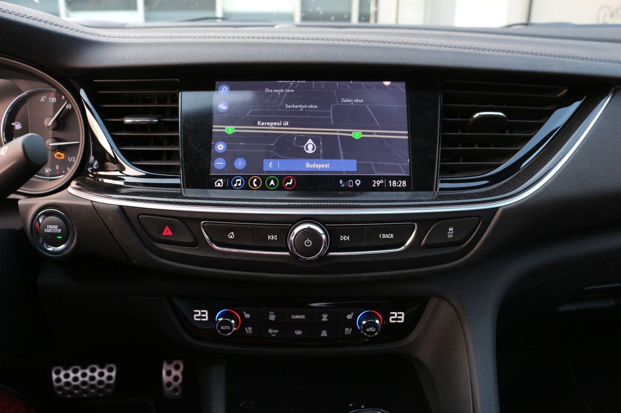 Opel Insignia GSi navigáció