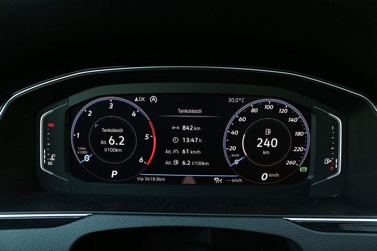 VW Passat Variant műszerfal