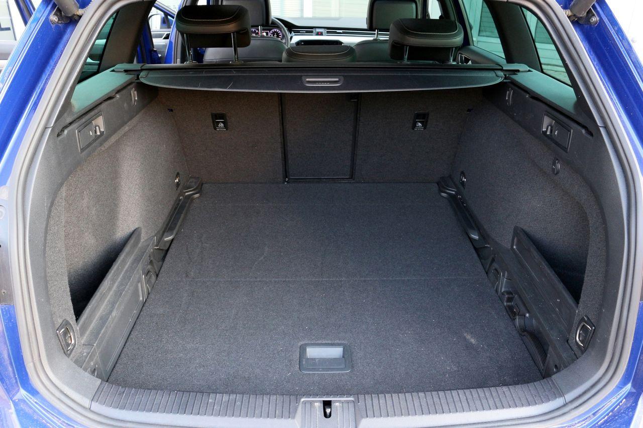 VW Passat csomagtartó