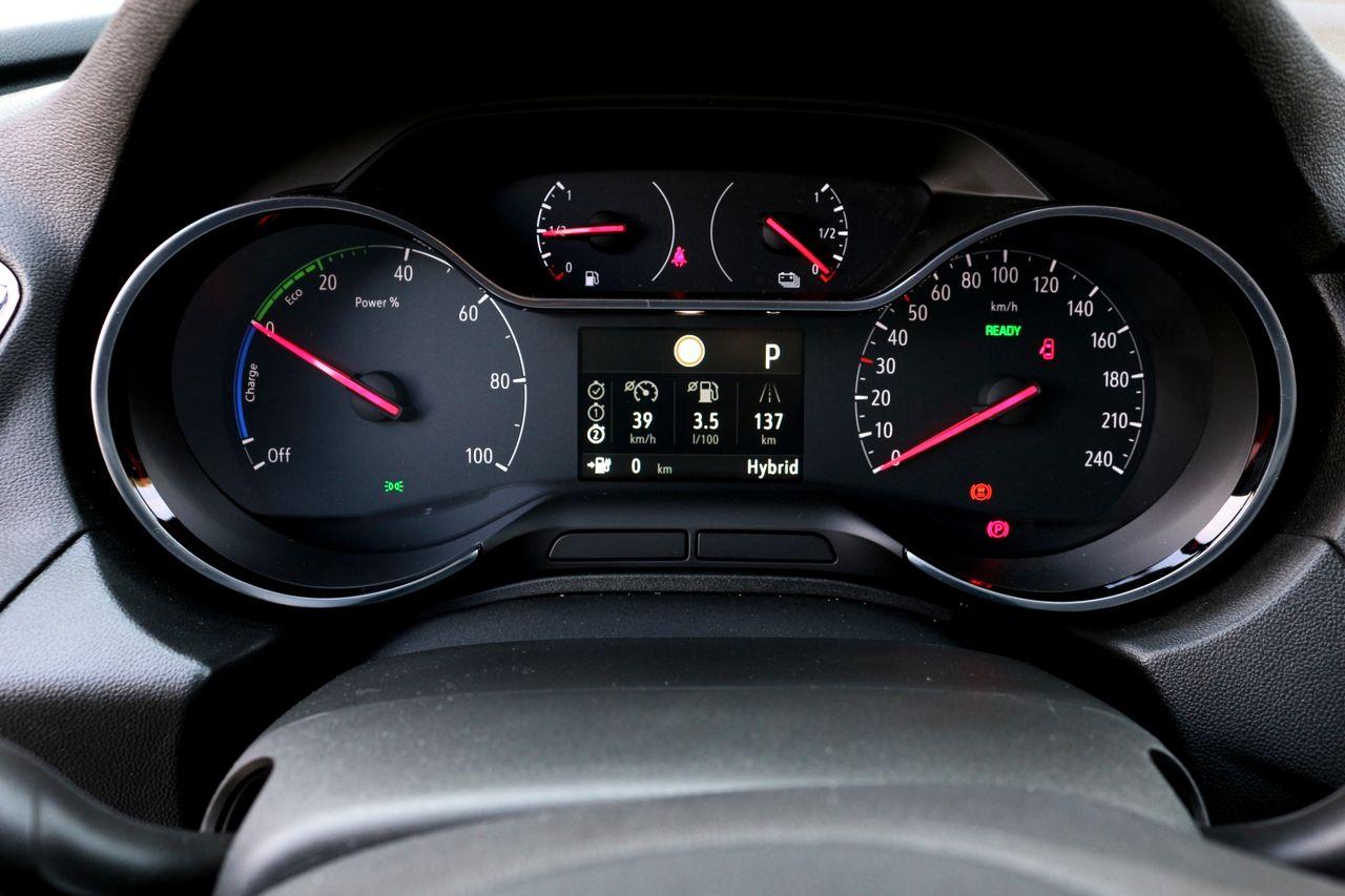 Opel Grandland műszerfal