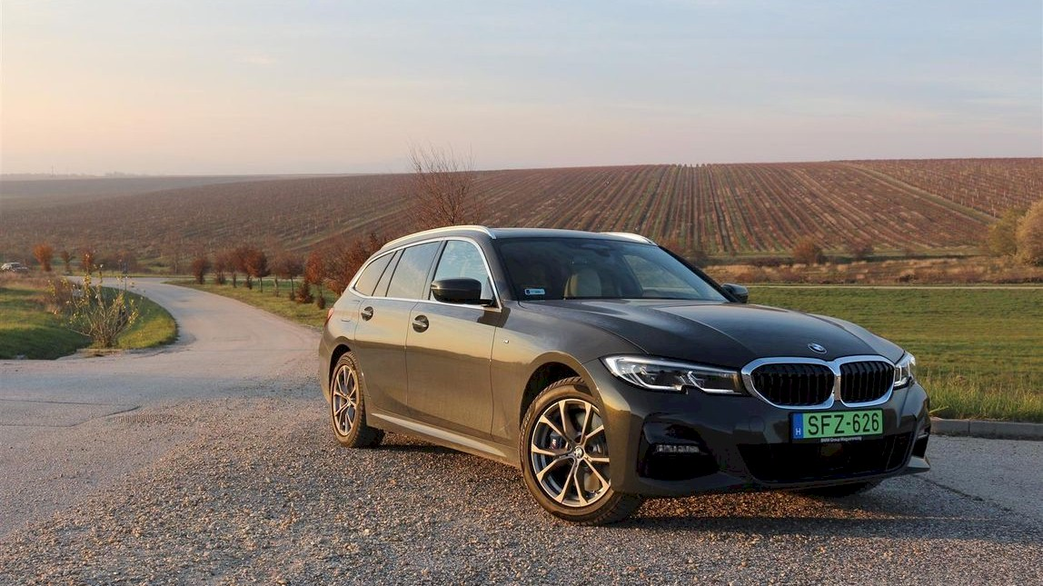 BMW 330E xDrive Touring
