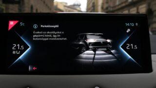 DS3 Crossback E-Tense parkolássegítő