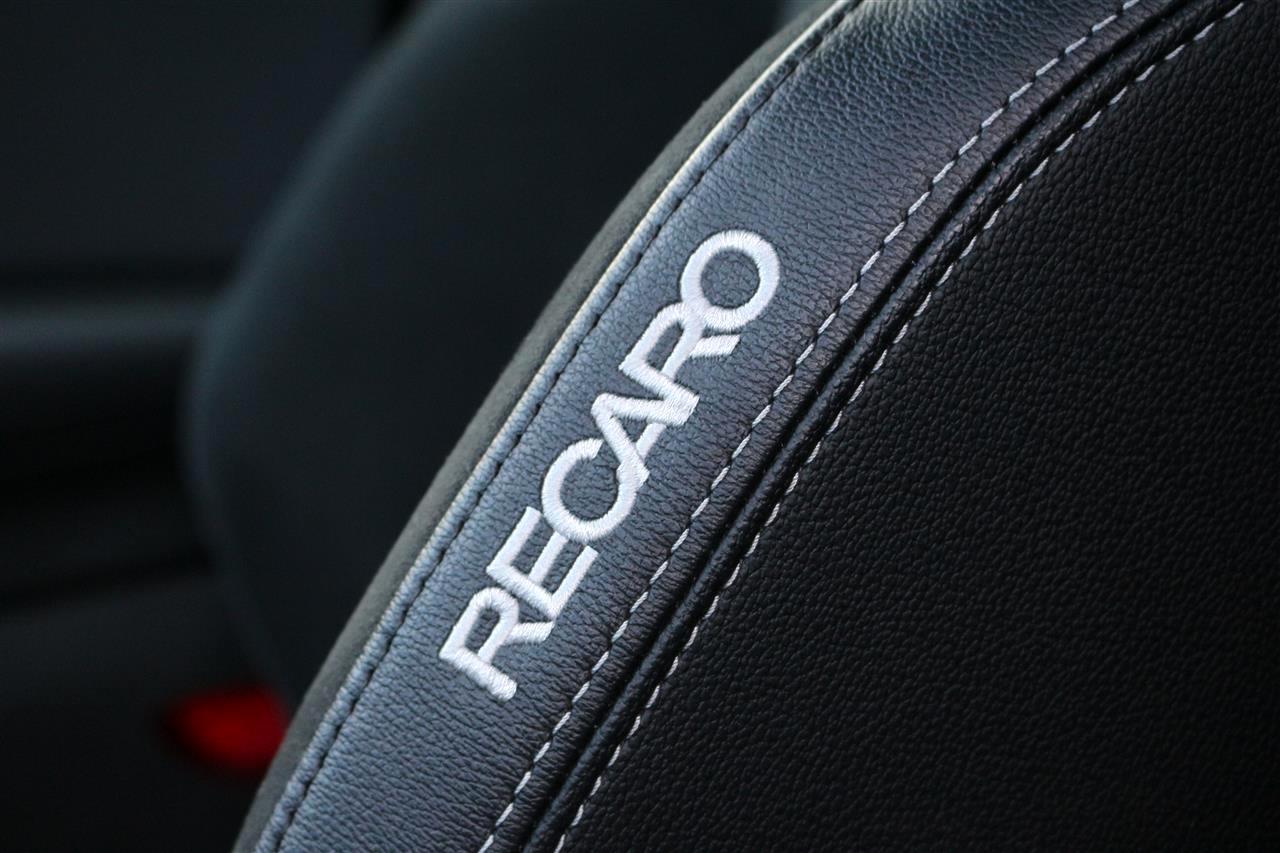 Ford Puma ST Recaro ülés
