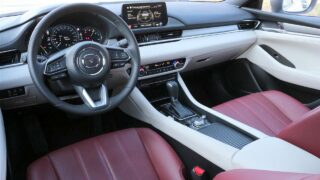 Mazda6 Edition-100 belső