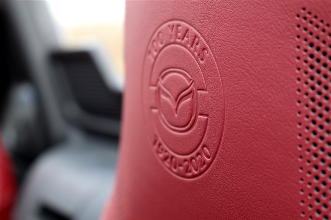 Mazda MX-5 Edition-100 ülés